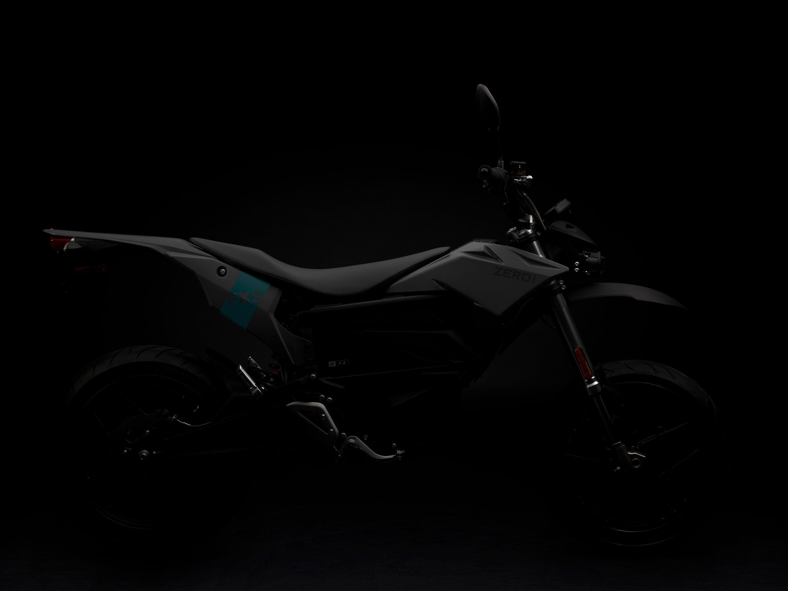 2020_zero-fxs_studio_detail_silhouette